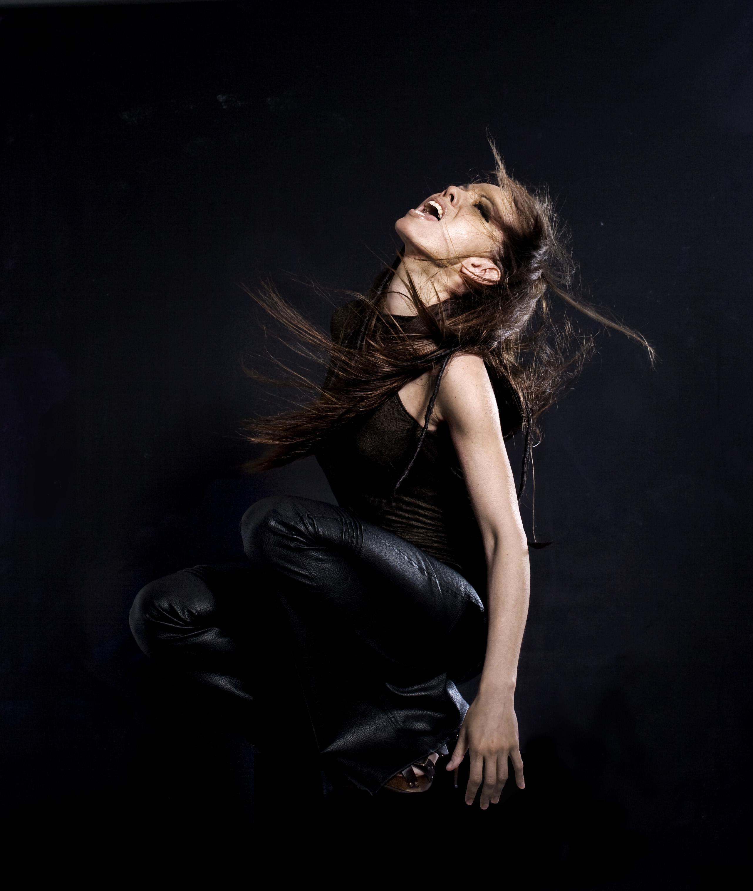 → BELLA WAGNER MUSIC Website - Kontakt